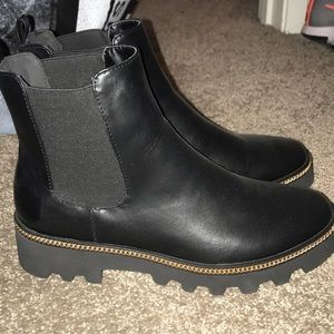 Forever 21 Shoes - Forever 21 Black Ankle Boots